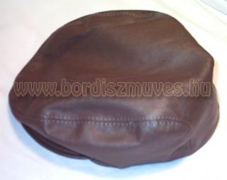 Bőr sildes, siltes sapka, egyedi igények szerinti bőrből, esetleg textilből