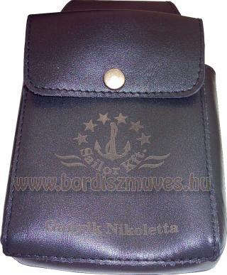 Egyedi marhabőr brifkótartó, logóval, névvel, iróntartóval és zsebbel