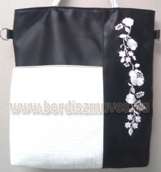 Fekete-fehér kalocsai hímzett női táska válltáska textilbőr