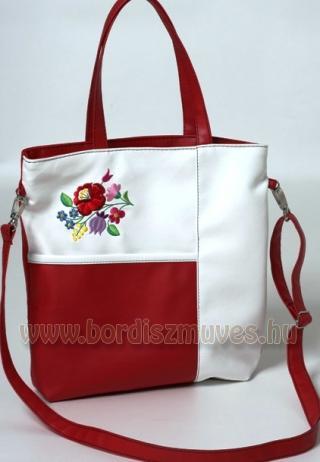Kalocsai mintás, hímzett textilbőr női táska, válltáska, hosszú és rövid fogóval