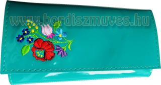 Egyedi, türkiz zöld lakkbőr, brifkó, briftasni csokros kalocsai hímzett mintával