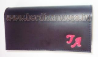 Monogramos, egyedi, kézzel készített, fekete marhabőr brifkó, 7 rekeszes