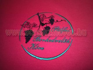 Pálfai borkedvelők köre, hímzett galléros póló. Hímzés egy vagy több színben