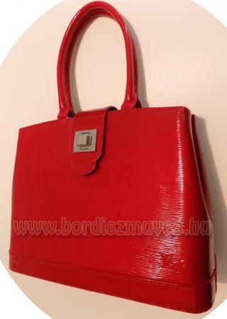 Női kézi táska javítása, bélés csere, fogó csere, cipzár csere, szakadások - fes