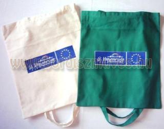 Textilből, lenvászonból, vászonból, molinóból készült táskák gyártása különféle