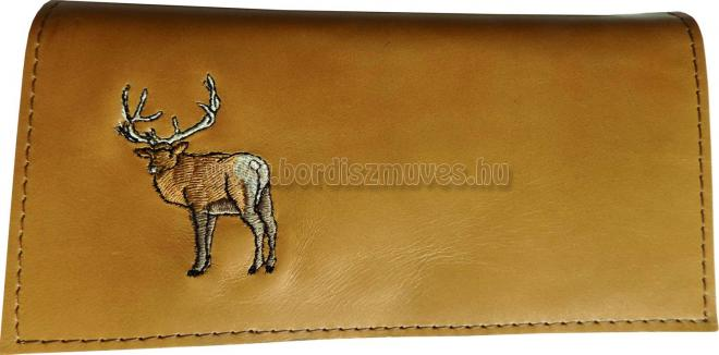 Egyedi, hímzett barna marhabőr vadász brifkó, pénztárca, szarvas hímzéssel