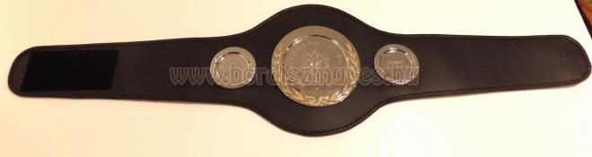 Bőr box bajnoki öv gyártás, készítés, egyedi grafika és fém tányérok