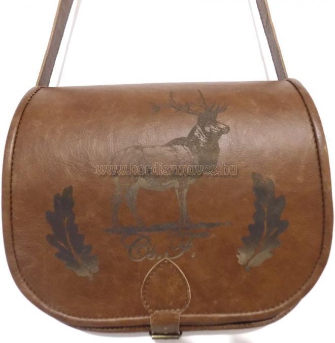 Egyedi marhabőr monogramos vadász táska