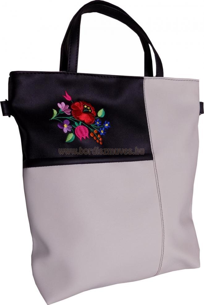 Hímzett kalocsai női  táska