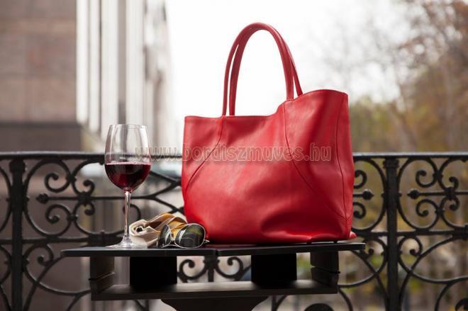 YURKOV női bőr kézitáska, piros marhabőr, extra nagy méret, Bőrdíszmű Baja Készí
