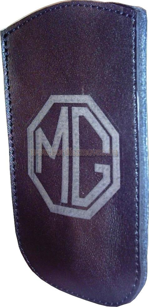 Egyedi fekete marhabőr telefontok MG monogrammal