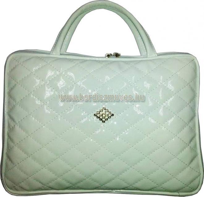 Fehér lakkbőr női laptop táska, steppelt, egyedi laptop tartó táska, laptop tok