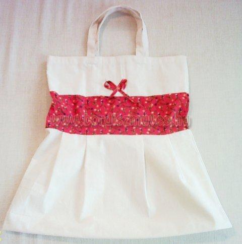 Natúr molinóból és nyomott vászonból készült táska textiltáska, piros betéttel