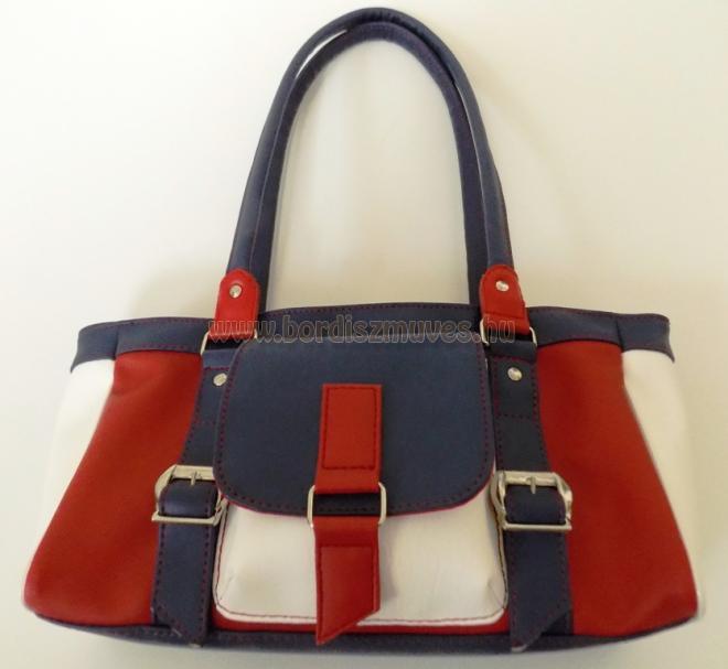 Textilbőr, piros, kék, fehér kombinációjú női kézi táska