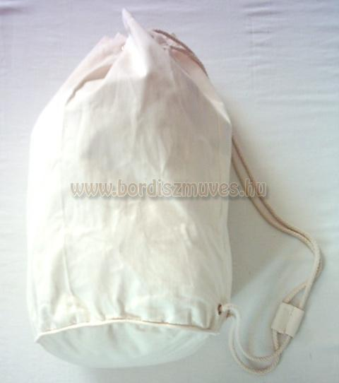 Textilből, hátizsák, tornaszák lenvászonból, vászonból, molinóból készült táskák
