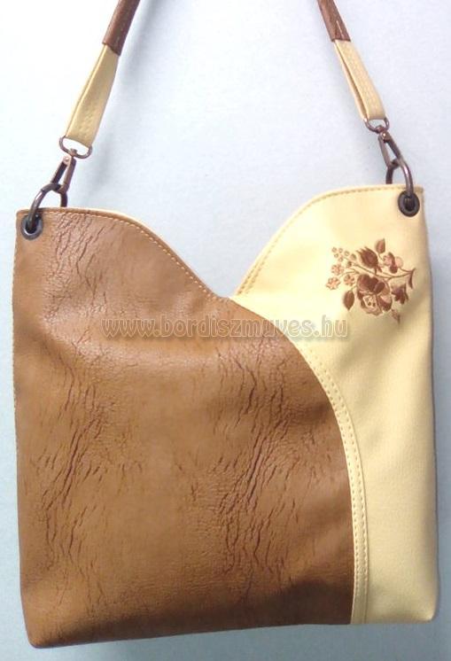 Tulipán forma női táska hímzett kalocsai mintával