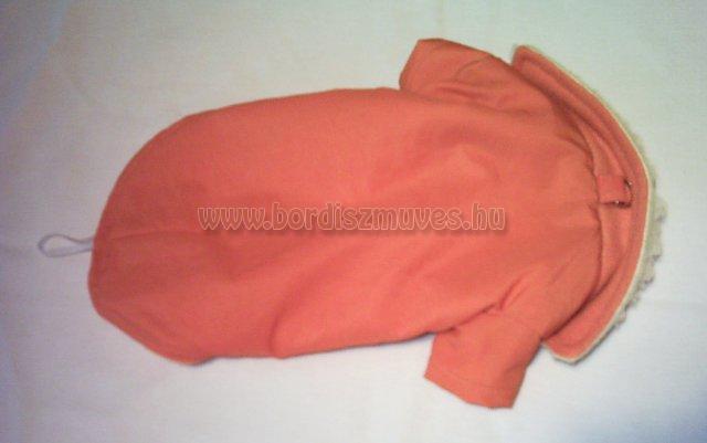Narancs színű termóból, polárból, készült ujjas kutyaöltözet, kutyaruha