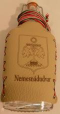 Nemesnádudvar címeres csatos lapos üveg önkormányzatnak, polgármesteri hivatalna